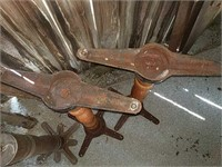 Wooden Table spindles/center posts