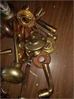 Doorknobs, plates and handles