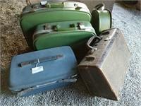 5 pieces Vintage luggage