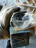 2 Pneumatic 3/8 ratchet wrenchs