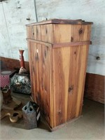 Small Cedar chest and other decor