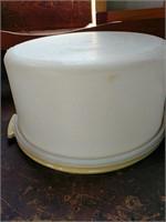 Tupperware cake storage and plate