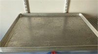4 Commercial culinary trays