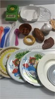 Assorted Play Food & Other Kitchen Items