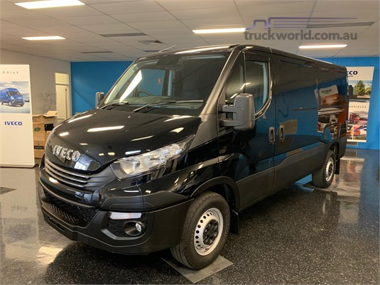 2020 Iveco Daily 35-210 - Trucks for Sale