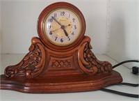 815 - ELECTRIC MANTLE CLOCK