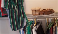 814 - MIXED LOT OF SHIRTS, SHOES