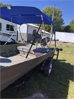 Lowe 16' Flat Bottom Fishing Boat w/25 hp motor