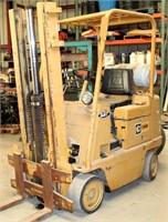 Caterpillar T30B Forklift - propane, 4-cyl eng