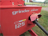 Gehl 125 Mix-All Grinder Mixer w/ Hydraulic Drive