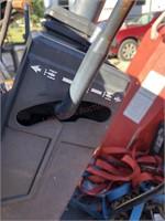 Massey Ferguson 1433V Tractor with Loader