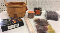 Assorted Fall Decor/Crafting Supplies