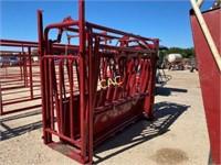 Tartar Farm & Ranch Manual Squeeze Chute