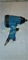 MIT pneumatic 1/2 in drive impact wrench