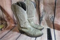 Mason 7 1/2 D Cowboy Boots