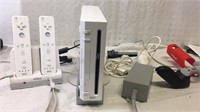 Nintendo Wii White Game System w/Accessories