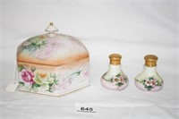 Hexagon shaped dish(Prussia); S&P Shakers