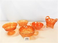 Carnival Glass Small Bowls (5)