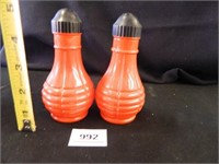 Vintage S & P Shakers; (Red)