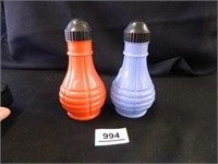 Vintage S & P Shakers; (Red/Blue)