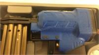 Pneumatic Staple Gun w/Case