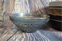 Fantastic Lot of  Vintage Pottery and Glass Bowls