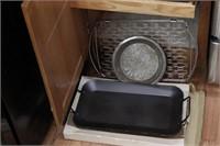 Trays & hot Plates