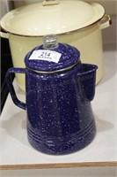 Enamelware pot & coffee maker