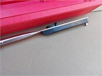 Snap-On PB-39 torque wrench (FT LB/Newton meters)