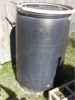 poly barrel with snap tight lid