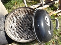 Webber tailgate grill w/ charcoal & starter ring