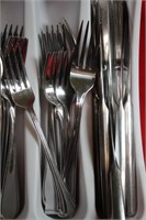 Tray of Flatware Pieces