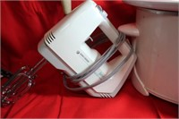 Crock Pot Hand Mixer and Vintage Masher