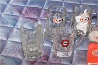 A&W 3 bears & 4 mugs