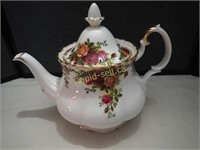 Old Country Roses Teapot