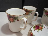 Old Country Roses More Mugs
