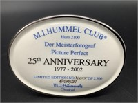 Hummel Picture Perfect HUM 2100 - Artist Signed