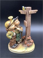 Hummel HUM 331Crossroads Figurine