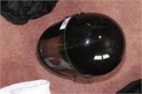 black motorcycle helmet 7 5/8 size