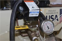 Ingersoll Rand 60gal upright air compressor