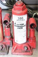 Pair of 4 ton Hydraulic Jacks