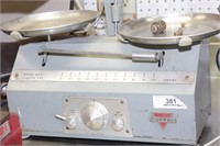 Torbal balance scale & weights