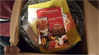 large Hamilton beach crock pot & dehydrator