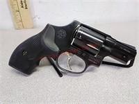Taurus model 85 38 Special revolver handgun with