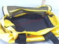 Bass pro extreme boat bag