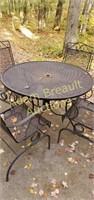 5 piece wrought iron patio set, good condition