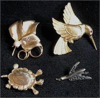 Coins, Jewelry, Military, Silver, Knives, Purses, Shoes MORE