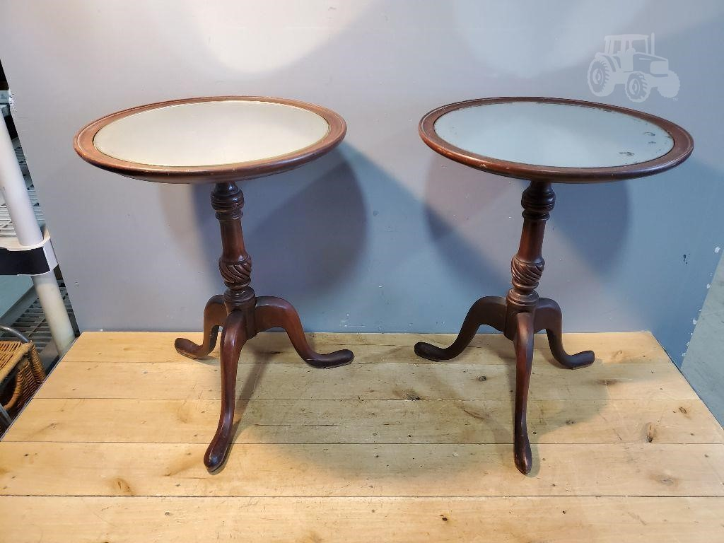 2 End Tables With Mirror Tops 20 15 Other Items For Sale 1 Listings Tractorhouse Com Page 1 Of 1