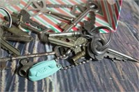 Large Lot of Skeleton Keys and Great Vintage Items