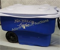 Rubbermaid Michelob Light rolling cooler